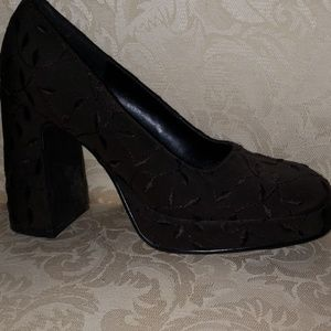 Nine & Co. Brown Chunky Heels New Size 6